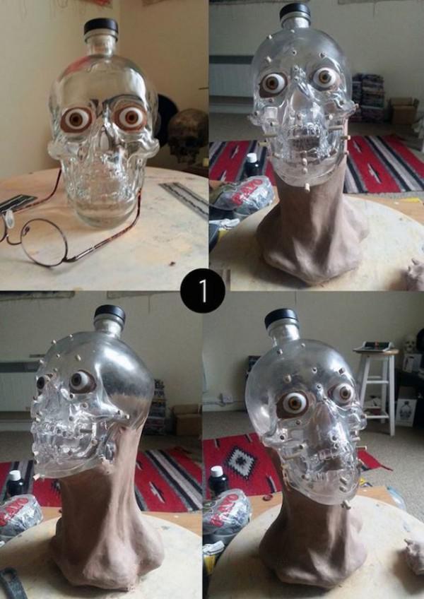 Forensische Künstler zeigt das Gesicht für die Skull-Shaped-Wodka ...