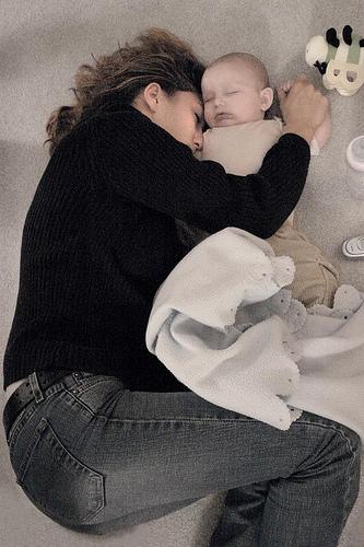 Brust Oder Flasche Mütter Sind Ebenso Schlafen Beraubt