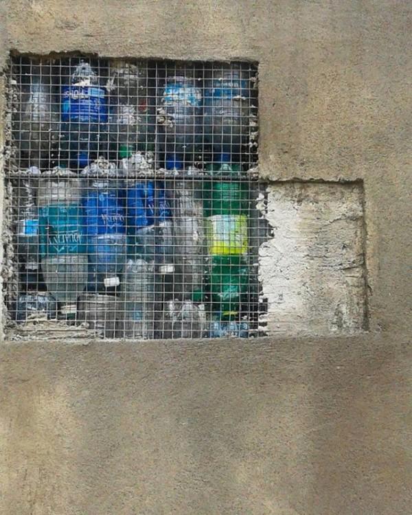 Картинки по запросу plastic bottles insulation for walls