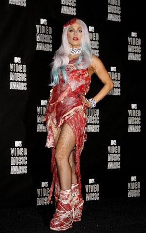 Lady Gaga erklärt das Fleisch-Kleid: War es tatsächlich ein gutes ...