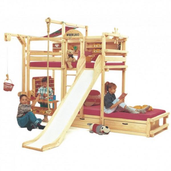 Ist Ist Ein Etagenbett Oder Ein Klettergerüst. Manche Eltern Können Bei Dem  Gedanken An Das Als Bett Für Ihre Kleinkinder Grimassen Schneiden.